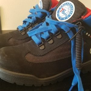 Kids size 6 Mointain Sixers Timberland's